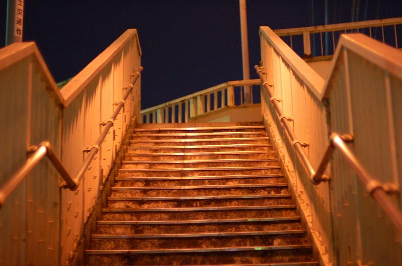 女王のための歩道橋